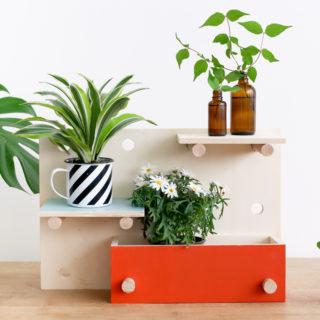 Retrouvez notre DIY pour créer un panneau végétal qui accueillera toutes vos plantes. Un make it conçu pour l'évènement Tous au jardin de Leroy Merlin.