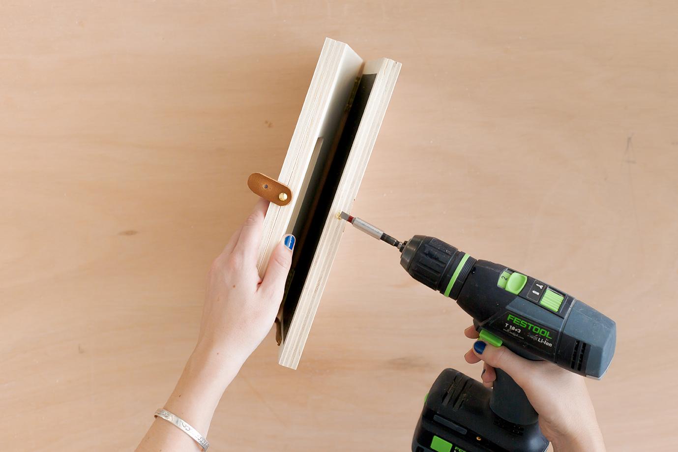 DIY by Studio ADC / Découvrez comment réaliser un ordinateur en bois et tableau craie pour les kids. Un make it imaginé pour Leroy Merlin.