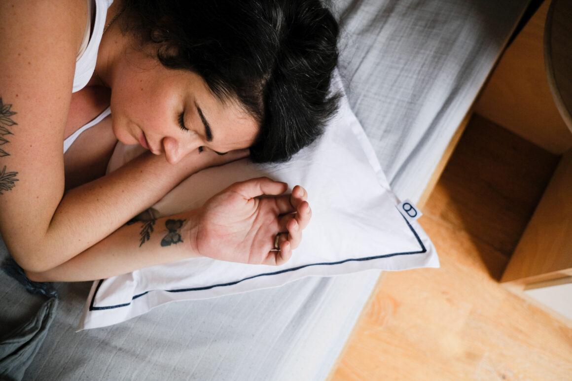 Mon expérience avec les oreillers ergonomiques Wopilo+ qui ont grandement augmenté la qualité de mes nuits et ont atténué mes douleurs